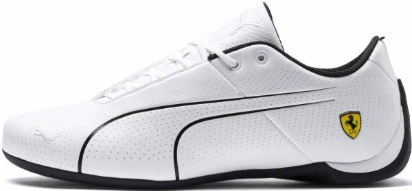 white puma tennis shoes