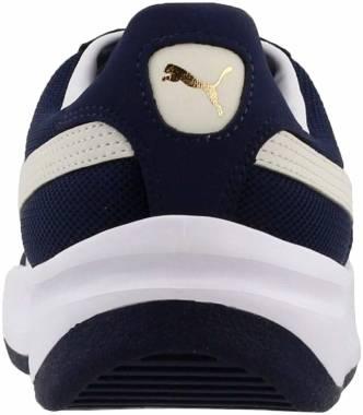 Mens Puma California Vintage Sneakers