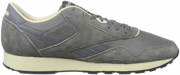 new products e2aa1 c1321 Reebok Classic Nylon P Gris (Shark Paperwhite Antique Copper Black)