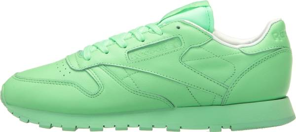George Stevenson Nuestra compañía Condición previa  Reebok Classic Leather Pastels sneakers in green (only £57) | RunRepeat