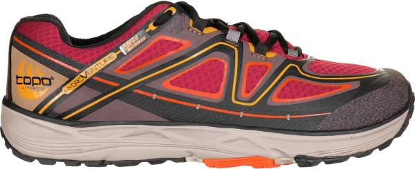 Topo Athletic Hydroventure - Brown