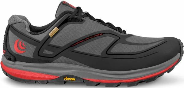 Topo Athletic Hydroventure 2 - Charcoal/Red (M027CHARED)