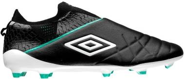 Umbro Medusae 3 Elite Firm Ground - Black (81462UGXV)