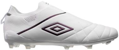 Umbro Medusae 3 Elite Firm Ground - Weiß (81462UHPV)
