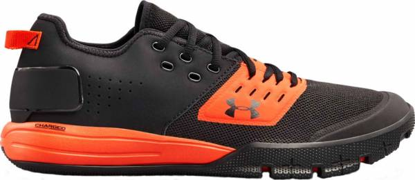 Under Armour Charged Ultimate 3.0 - Black (002)/Radio Red (3020548002)