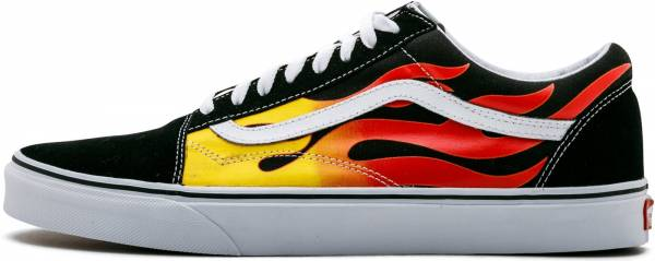 5ba7afda5c 9 Reasons to NOT to Buy Vans Flame Old Skool (Apr 2019)