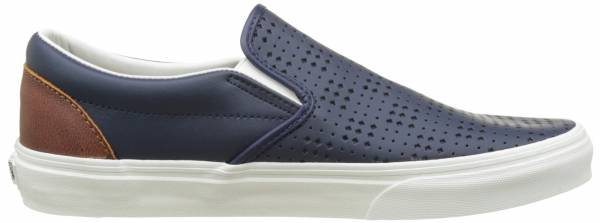 1f67c3c624d 10 Reasons to NOT to Buy Vans Leather Slip-On (Mar 2019)