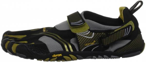 6a3c948a8c9 7 Reasons to NOT to Buy Vibram FiveFingers KMD Sport (May 2019 ...