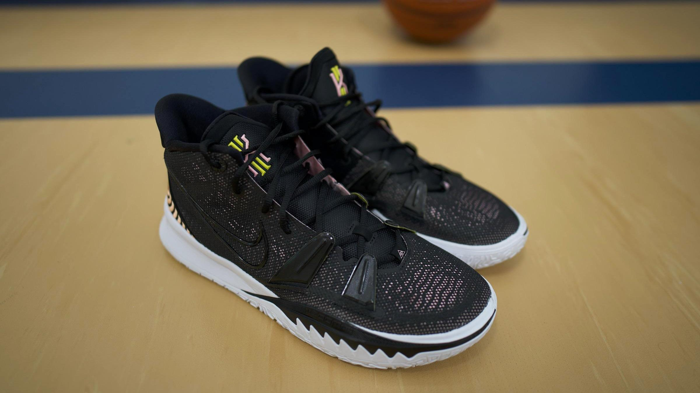 10 Best Black Basketball Shoes in 2021