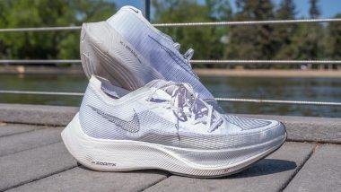 Best white Nike running shoes