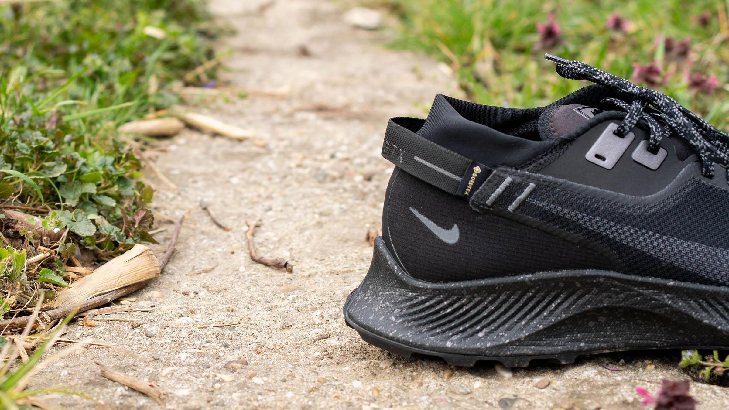 10 Best Black Nike Running Shoes in 2021