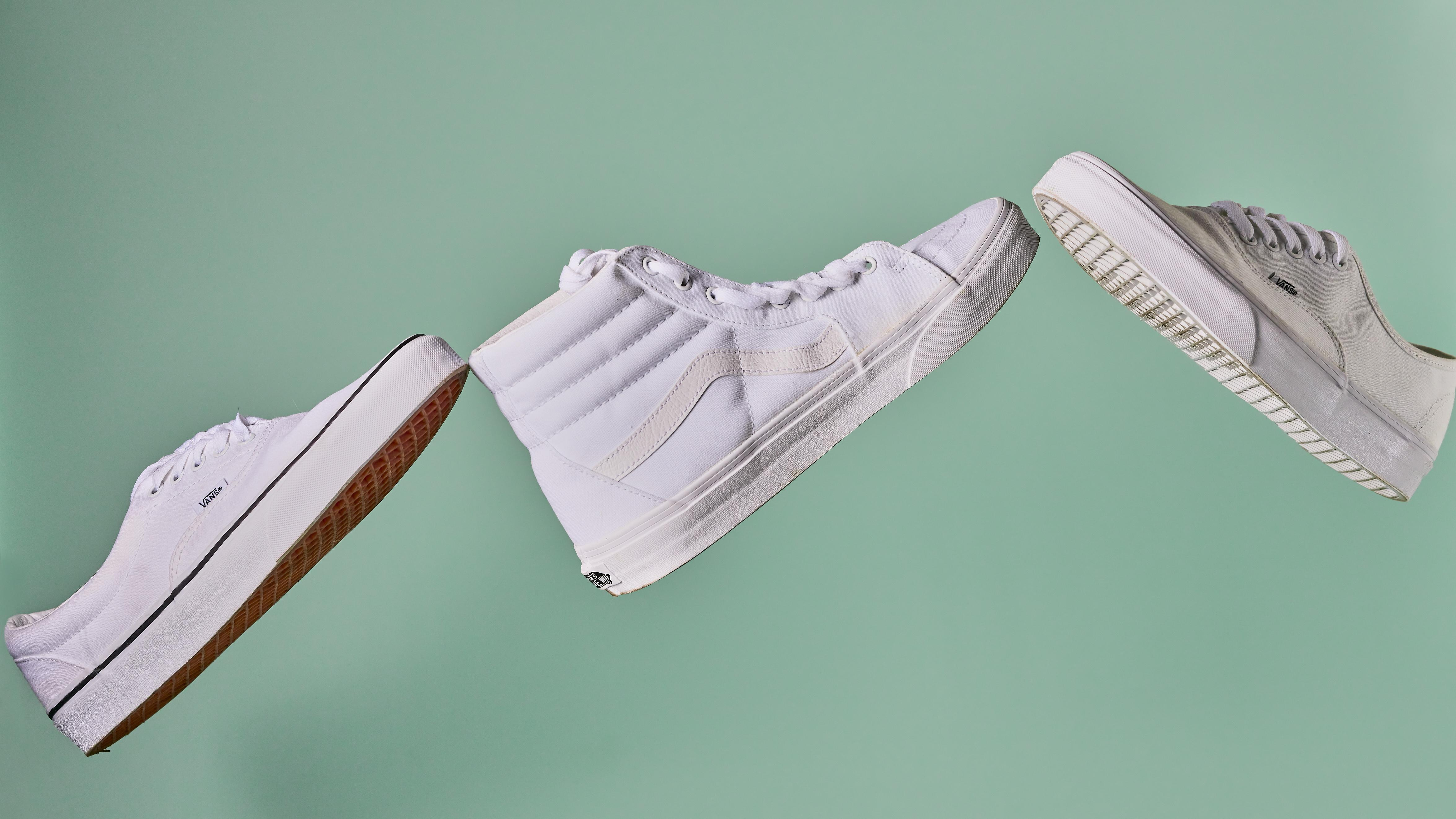 10 Best White Canvas Sneakers in 2021