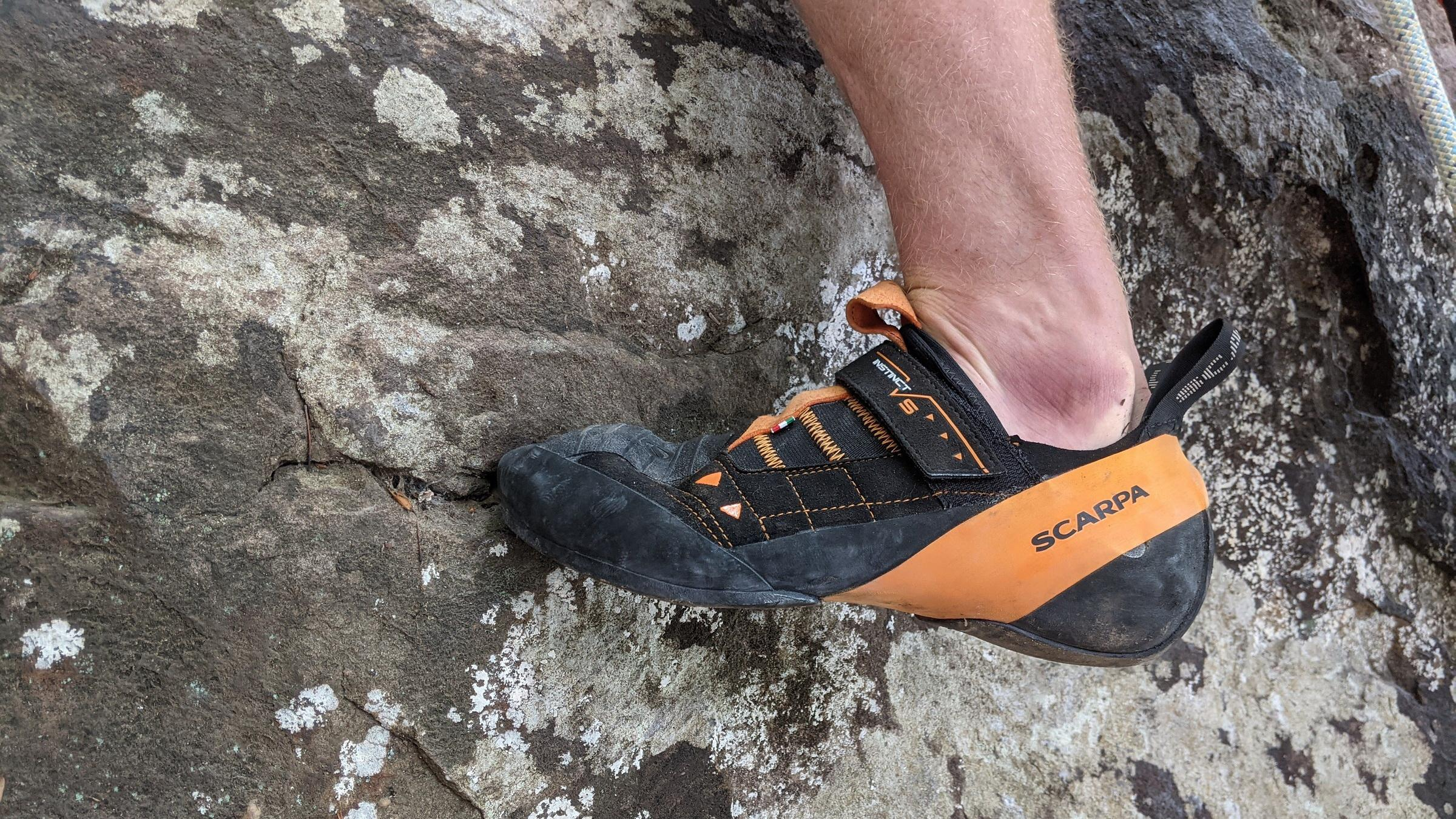 10 Best Climbing Shoes For Beginners in 2021