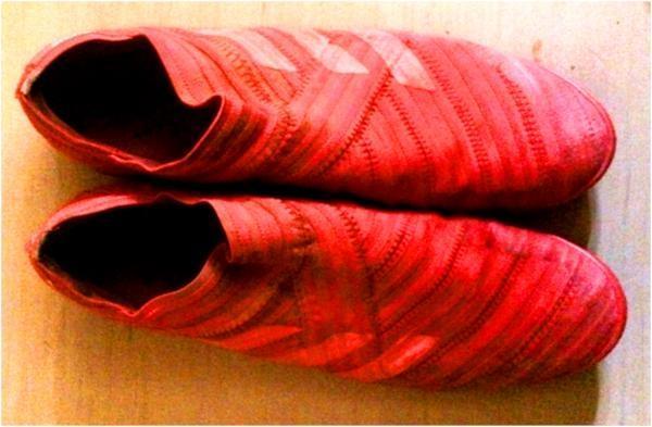 Adidas Nemeziz Tango 17+ 360 Agility Indoor: The boot that bandages around your feet!