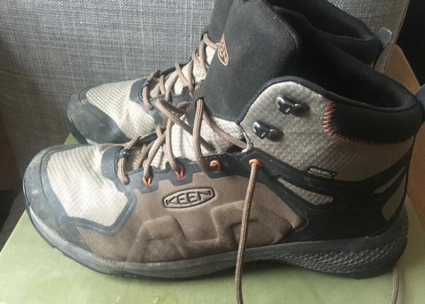Keen Explore Mid WP: A hiking boot as light as my running shoes