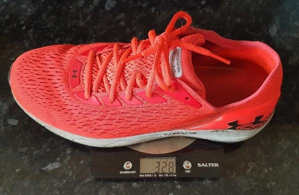 Under-Armour-HOVR-Sonic-3-left-shoe-weight.jpg