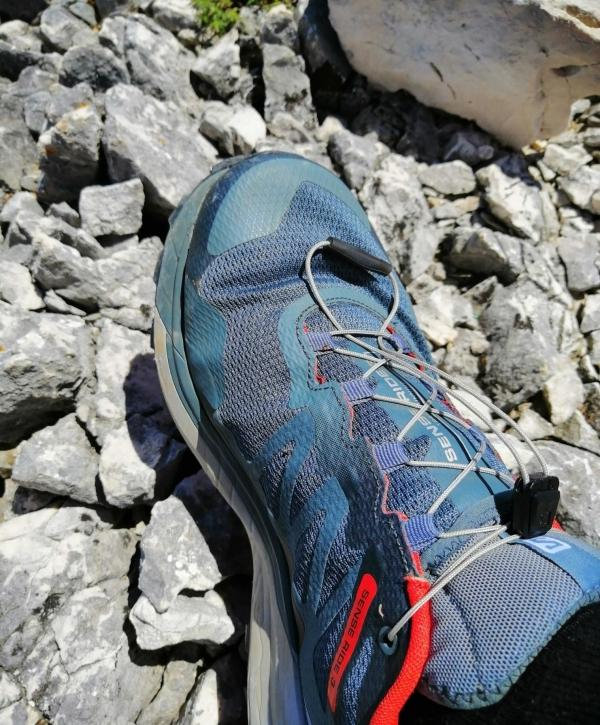 Salomon-Sense-Ride-3-lacing.jpg