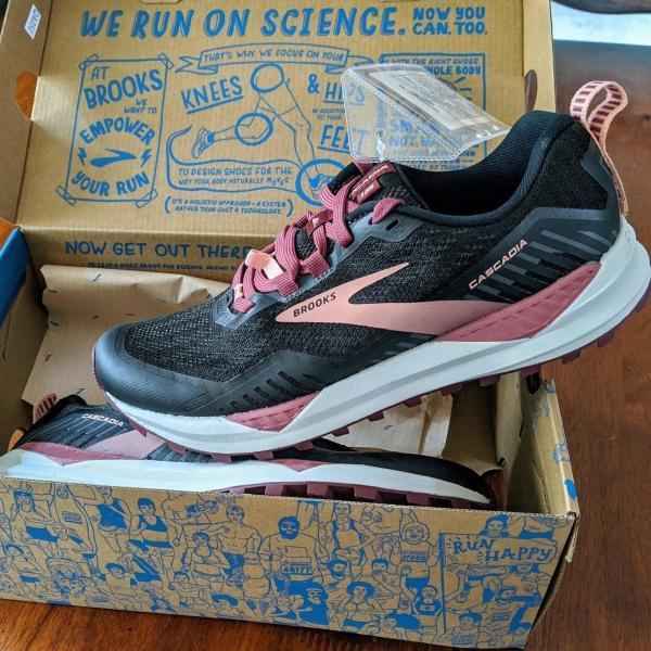 Brooks-Cascadia-15-trail-shoe.jpg