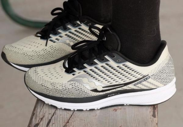Saucony-Ride-13-upper-fit.jpg