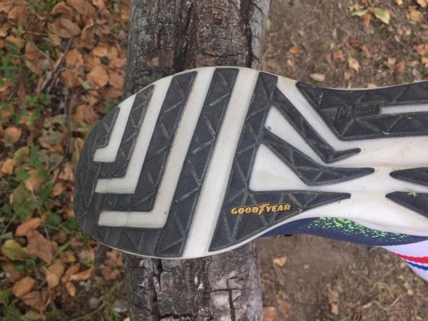 Skechers-GOrun-Ride-8-Hype-07.jpg