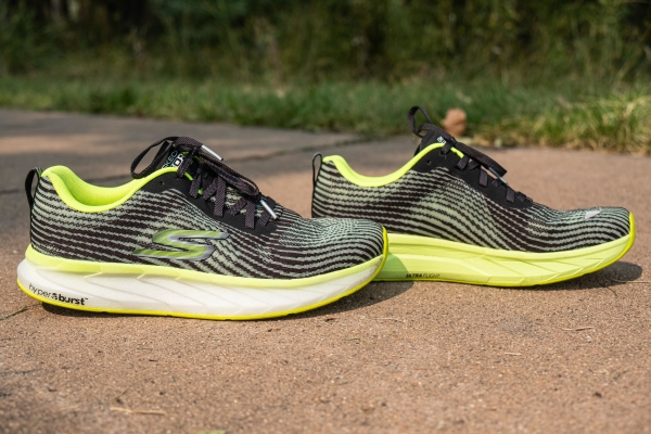 lightweight-skechers-shoes.jpg