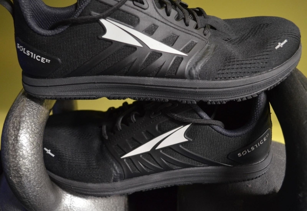 black-cross-training-shoes.jpg