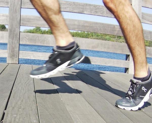 flexible-running-shoes.jpg
