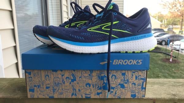 Brooks-Glycerin-19-road-shoe-height.jpg