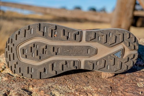 brooks-caldera-5-blue-running-shoes.jpg
