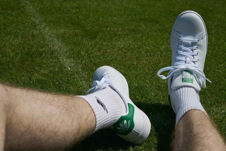Adidas-Stan-Smith-On-Feet-Tennis.jpg