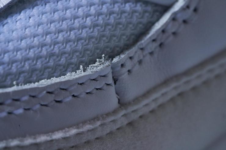 Nike-Air-Max-90-detail-stitching.jpg