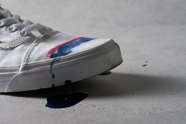 Wet stain test on Vans Old Skool
