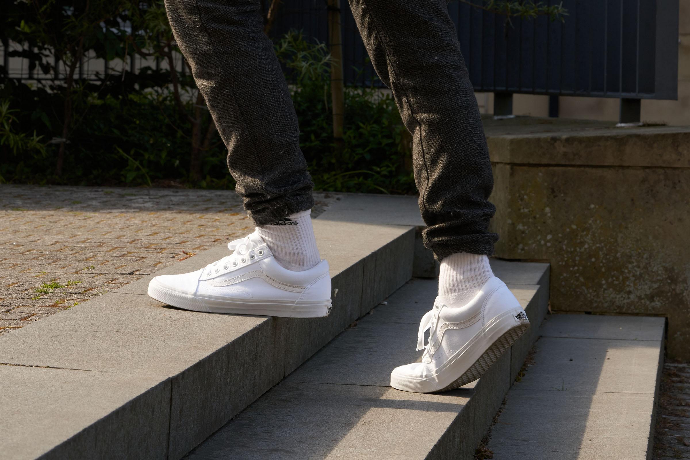 Vans Old Skool sneakers in 10 colors (only £25) | RunRepeat