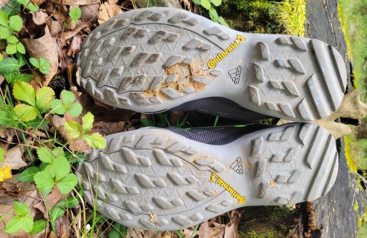 adidas-terrex-ax3-outsole.jpg