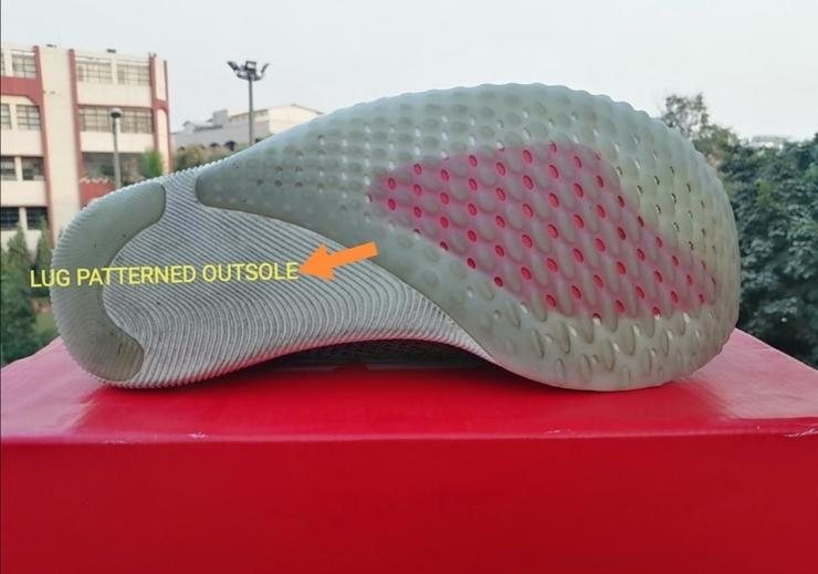 New-Balance-FuelCell-Rebel-outsole-details.jpg