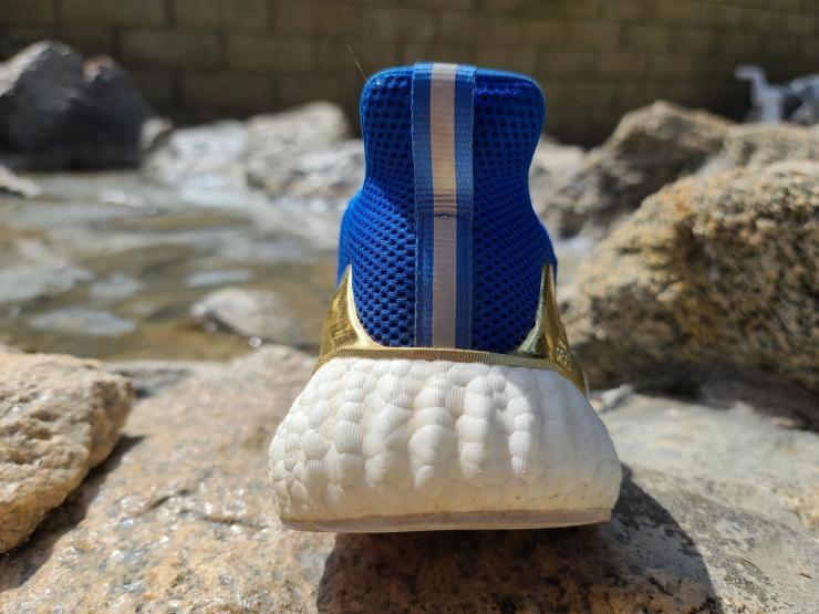 adidas-alphaboost-heel-back.jpg