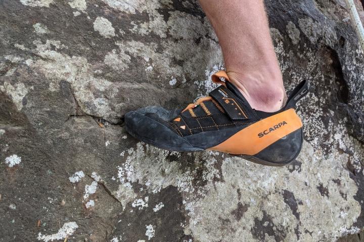 scarpa-instinct-vs-onfeet-side.jpg