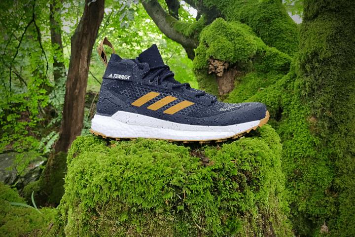 adidas-terrex-free-hiker-gtx-sideview.png