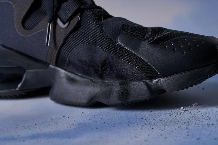 Nike-Air-Max-Infinity-upper-durability.jpg
