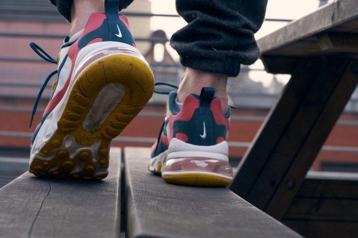 Nike Air Max React 270 Walking.jpg