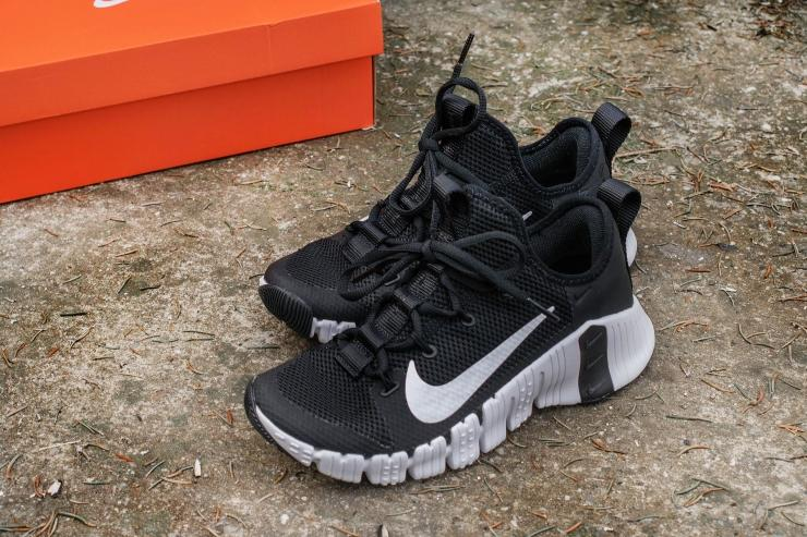 Nike Free Metcon 3 black and white