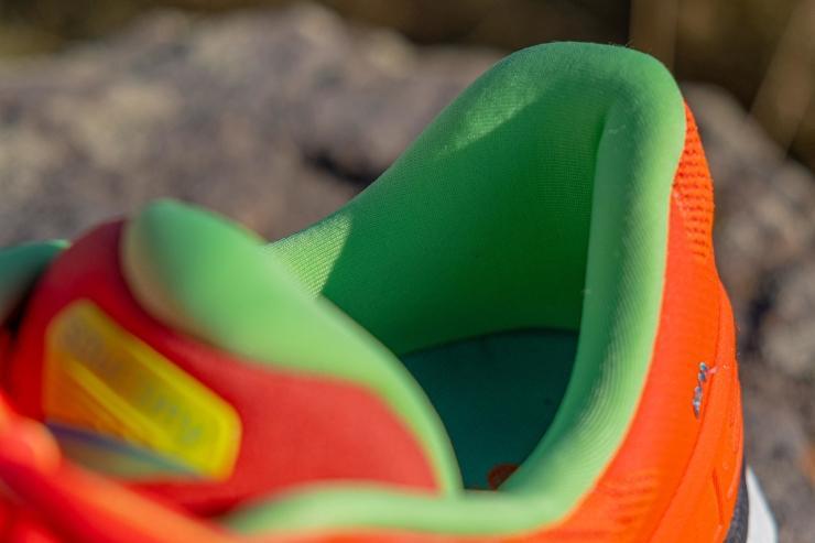 Triumph 18 padded heel