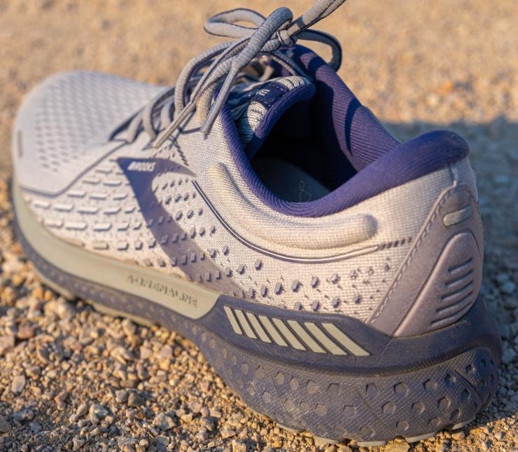 neutral-running-shoes.jpg