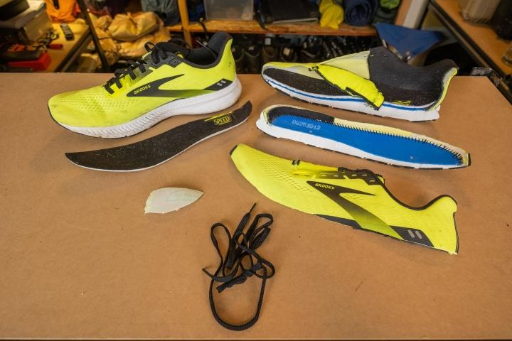 Brooks Launch 8 pieces of the shoe