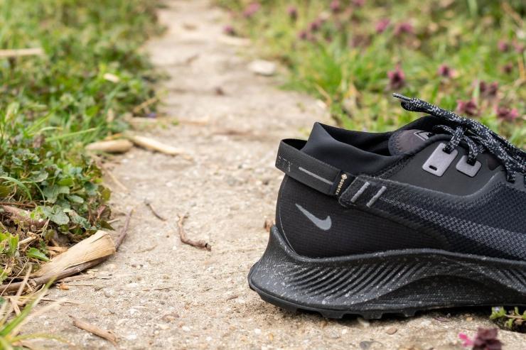 Semi gaiter on Nike Pegasus Trail 2 GTX