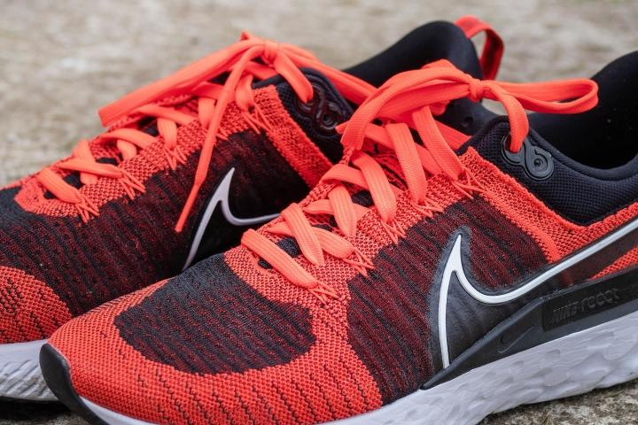 Flywire cables on Nike Infinity React Flyknit 2
