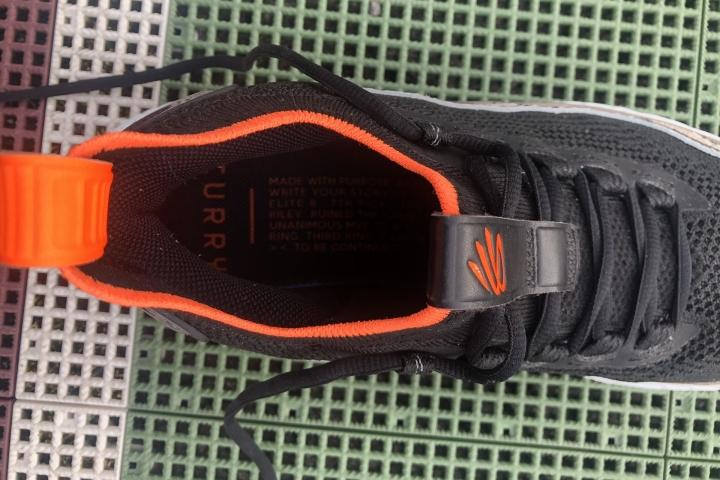 under-armour-curry-8-laces.jpg