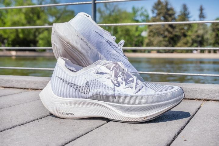 Nike ZoomX Vaporfly Next% 2 white