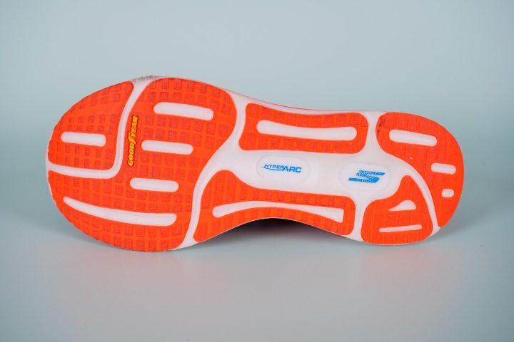 Skechers-Go-Run-Razor-Excess-Outsole.jpg