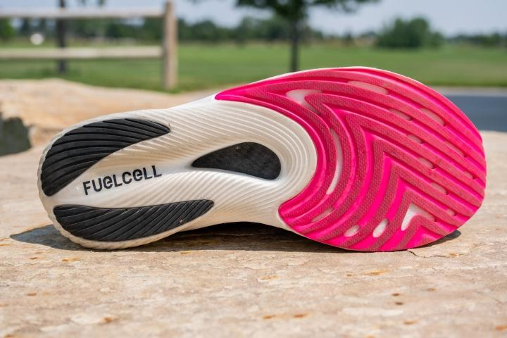 New-Balance-FuelCell-RC-Elite-v2-Outsole.jpg
